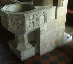 Holy Rood Wool - Font